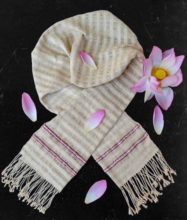 Airy Lotus scarf - Muladhara
