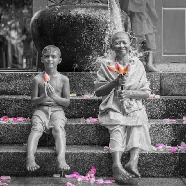 60% Lotus 40% Kapok Robe