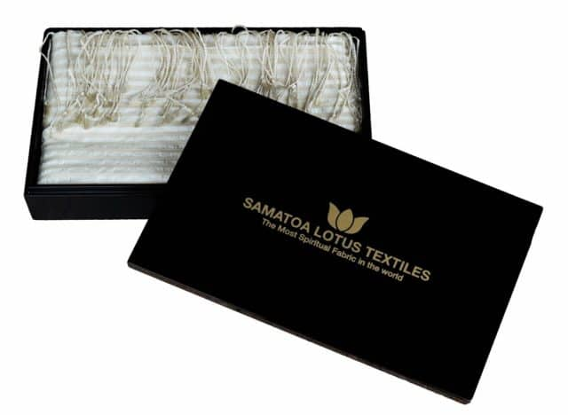 Unesco Serenity Lotus scarf in its lacquered box