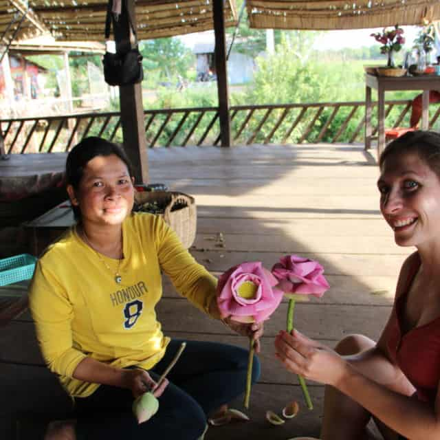 Do it yourself workshop siem Reap and learn how to fold lotus flower